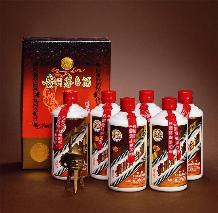 24小�r上�T回收��酒;都江堰(青城山)名��名酒24小�r上�T回收